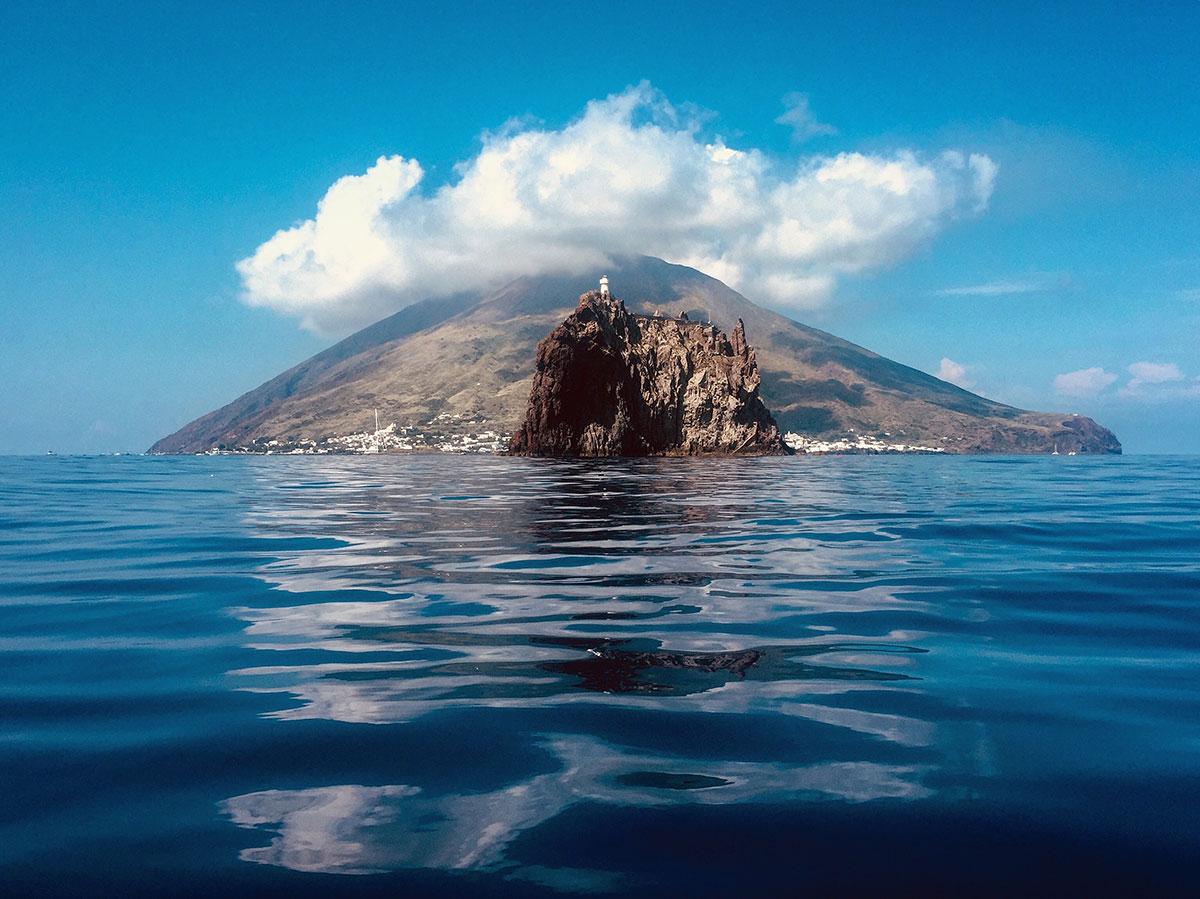 Escursione in barca a Strombolicchio