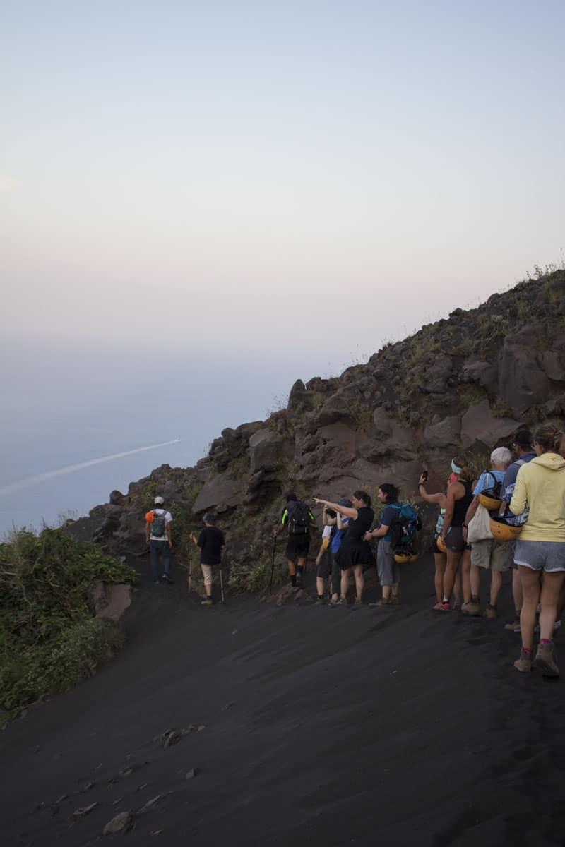 escursioni di gruppo con bambini sul Vulcano Stromboli